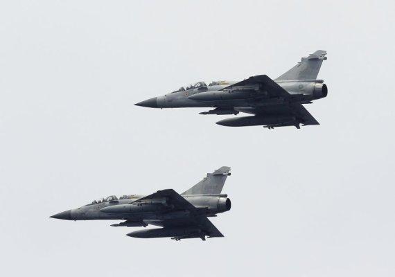 "Reuters/Scanpix nuotr./Naikintuvai ""Mirage-2000"""