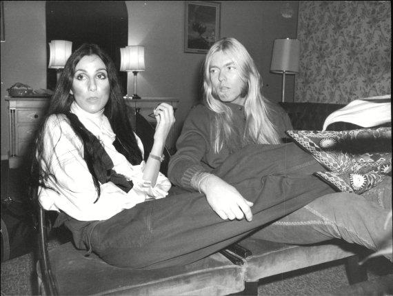 Vida Press nuotr./Cher su vyru Greggu Allmanu