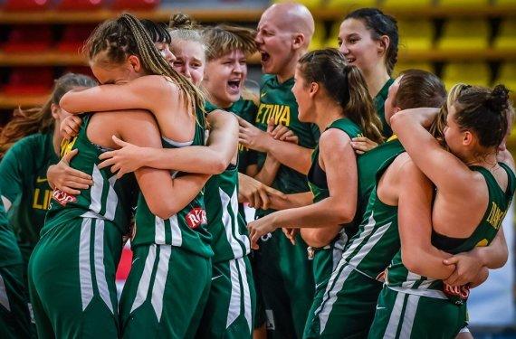 FIBA nuotr./Lietuvos 16-mečių merginų rinktinė