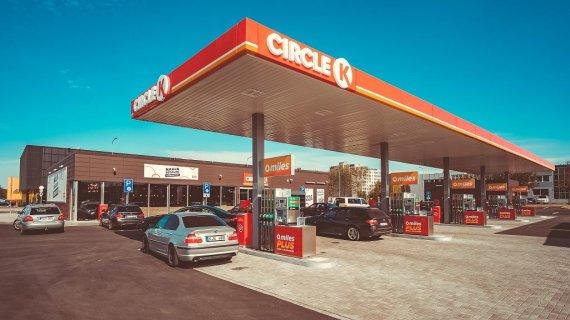 """Circle K Lietuva nuotr./Kaune atidaryta didžiausia """"Circle K"""" degalinė Baltijos šalyse"""