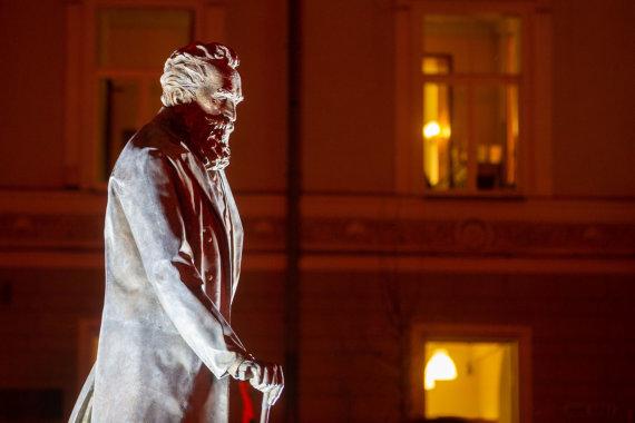 Žygimanto Gedvilos / 15min nuotr./Dr. Jono Basanavičiaus paminklas