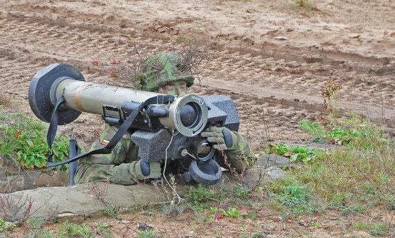 """Andriaus Vaitkevičiaus / 15min nuotr./Raketų paleidimo sistema """"Javelin"""""""