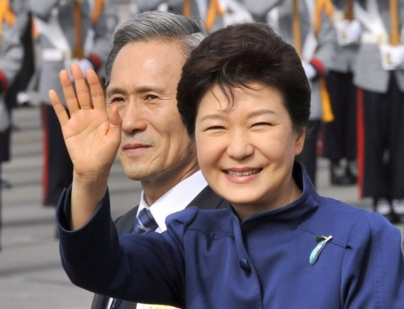 """""""Reuters""""/""""Scanpix"""" nuotr./Pietų Korėjos prezidentė Park Geun-hye"""