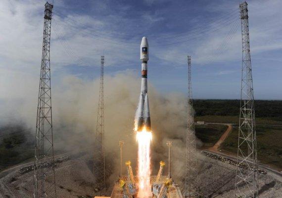 """AFP/""""Scanpix"""" nuotr./""""Galileo"""" palydovo iškėlimas"""