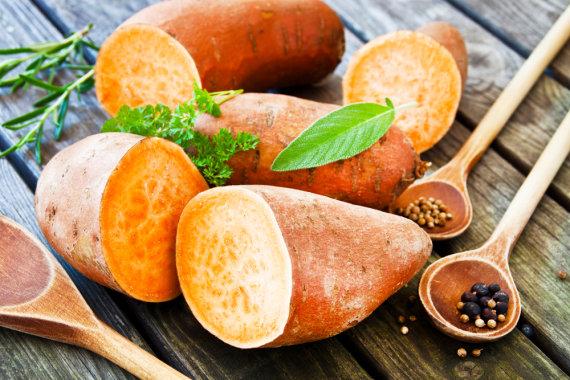 """""""Shutterstock"""" nuotr./Saldžiosios bulvės"""