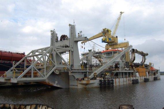 """""""Vakarų laivų gamyklos"""" nuotr./""""Vakarų laivų remontas"""" stiprina savo pozicijas Europos žemsiurbių ir žemkasių laivų remonto rinkoje."""