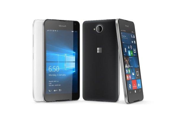 """Gamintojų nuotr,/""""Microsoft"""" pristatė naują išmanųjį telefoną """"Lumia 650"""""""