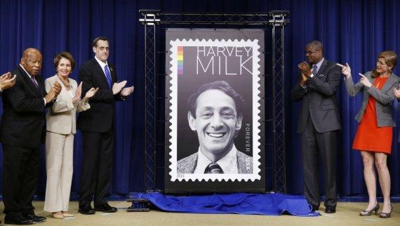 """""""Reuters""""/""""Scanpix"""" nuotr./Harvey Milkui skirto pašto ženklo pristatymas Baltuosiuose rūmuose"""