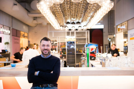 """Josvydo Elinsko / 15min nuotr./""""Downtown Food Hall"""" įkūrėjas Aidas Akcijonaitis"""