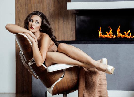 Shutterstock nuotr./Seksuali moteris.