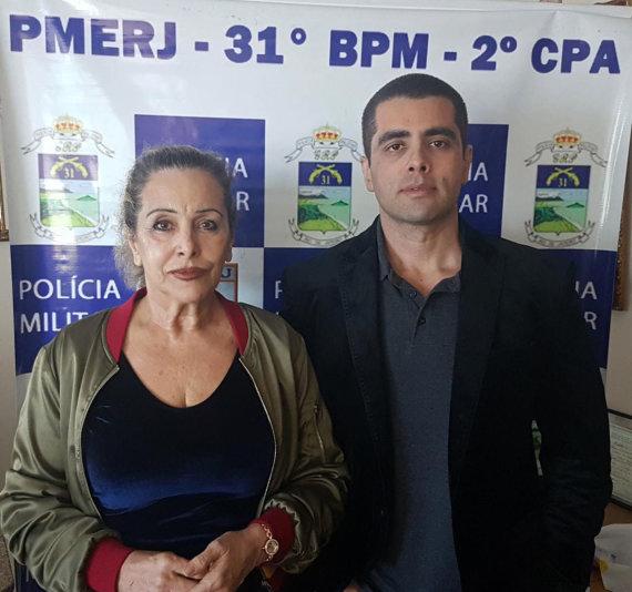 """Scanpix""/AP nuotr./Denisas Furtado ir jo motina Maria de Fatima Barros"