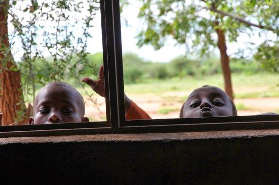 """Kelionių organizatoriaus """"GRŪDA"""" nuotr./Smalsūs mokiniai, Etiopija"""