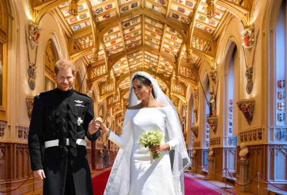 """15min montažas / """"Scanpix"""" nuotr./Princas Harry ir Meghan Markle bei Šv. Jurgio salė Vindzoro rūmuose, kur vyko jų vestuvių priešpiečių priėmimas"""