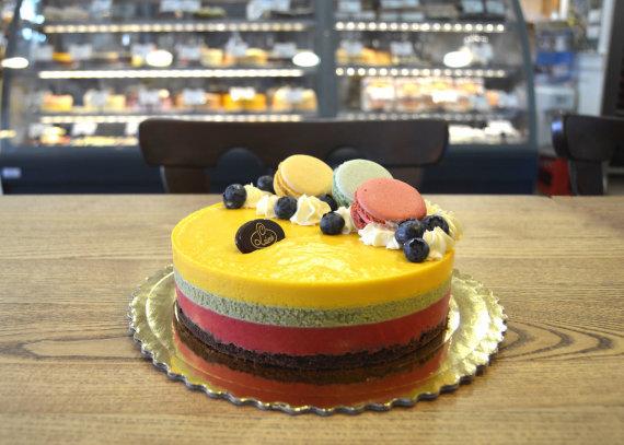 """Cukrainės archyvo nuotr./Cukrainės """"Laimė"""" tortas """"Šimtmetis"""""""