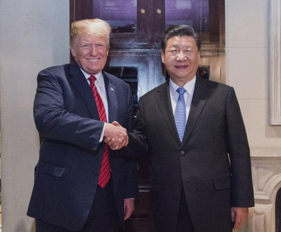 """""""Scanpix""""/""""SIPA"""" nuotr./Donaldas Trumpas ir Xi Jinpingas"""