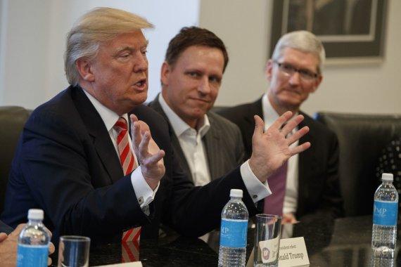 """""""Scanpix""""/AP nuotr./Trumpas susitiko su technologijų kompanijų vadovais"""