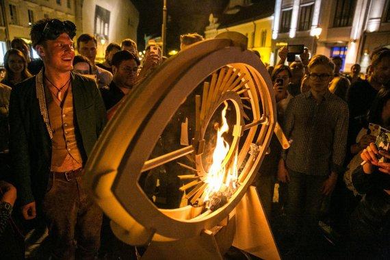 """Juliaus Kalinsko / 15min nuotr./Renginio """"Burning Street"""" akimirka"""