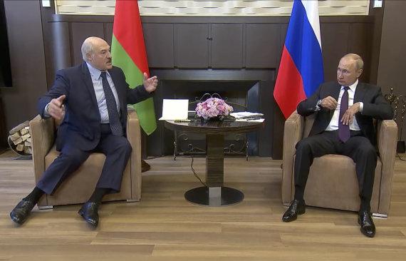 """""""Scanpix""""/AP nuotr./Aliaksandras Lukašenka ir Vladimiras Putinas"""