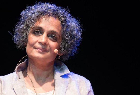 """""""Scanpix""""/ AP nuotr./Arundhati Roy"""