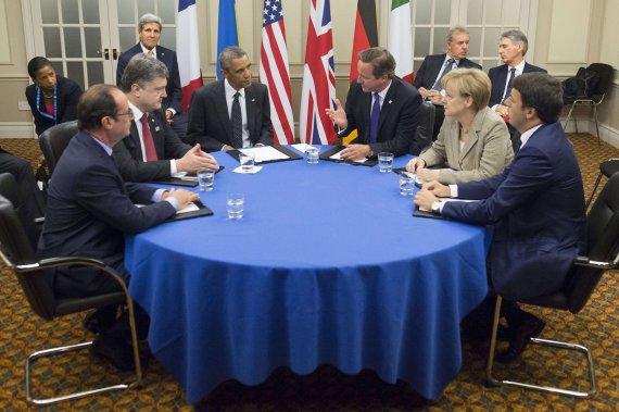 """AFP/""""Scanpix"""" nuotr./Petro Porošenkos susitikimas su Vakarų šalių lyderiais."""