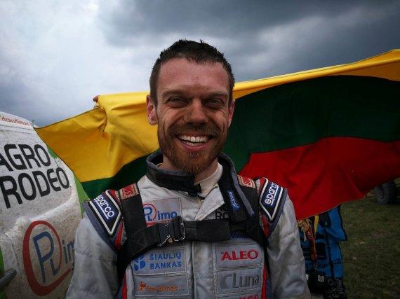 Žilvino Pekarsko / 15min nuotr./Vaidotas Žala po finišo Dakaro ralyje