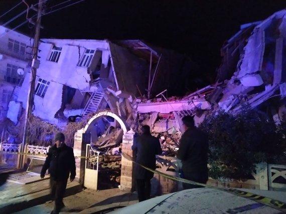 """AFP/""""Scanpix"""" nuotr./Žemės drebėjimo Turkijoje padariniai"""