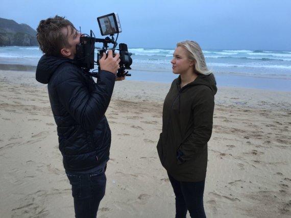 """Organizatorių nuotr./Ronaldas Buožis ir Rokas Darulis sukūrė dokumentinį filmą """"Rūta"""" apie geriausią Lietuvos plaukikę Rūtą Meilutytę."""