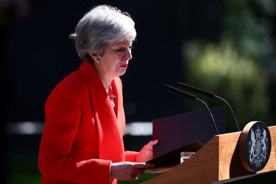 """""""Reuters""""/""""Scanpix"""" nuotr./Theresa May paskelbė apie atsistatydinimą"""