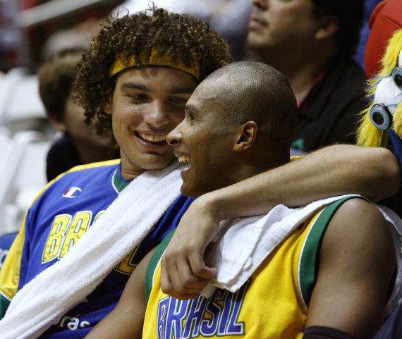 "AFP/""Scanpix"" nuotr./Andersonas Varejao ir Leandro Barbosa"