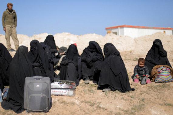 """""""Reuters""""/""""Scanpix"""" nuotr./Civiliai Rytų Sirijoje"""