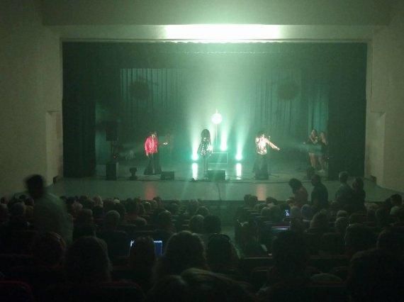15min skaitytojos Alinos nuotr./Skandalingo koncerto Palangoje akimirka