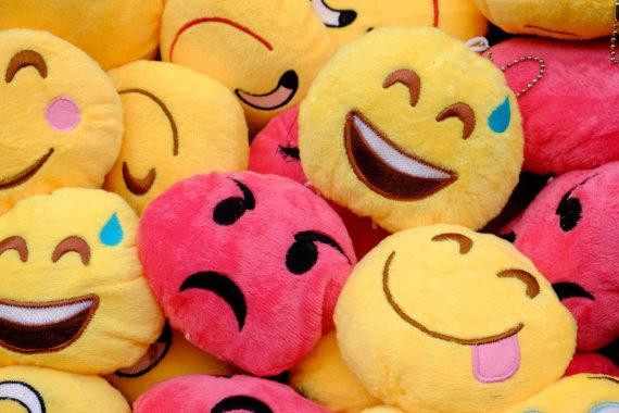 Vida Press nuotr./Emoji žaisliukai