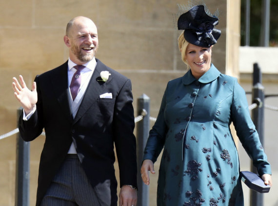 """Scanpix""/AP nuotr./Elizabeth II anūkė Zara Tindall ir jos vyras Maikas Tindallas"