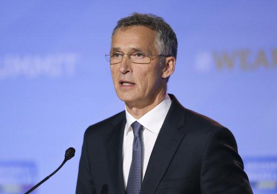"""""""Scanpix""""/""""Sipa USA"""" nuotr./Jensas Stoltenbergas NATO viršūnių susitikime"""