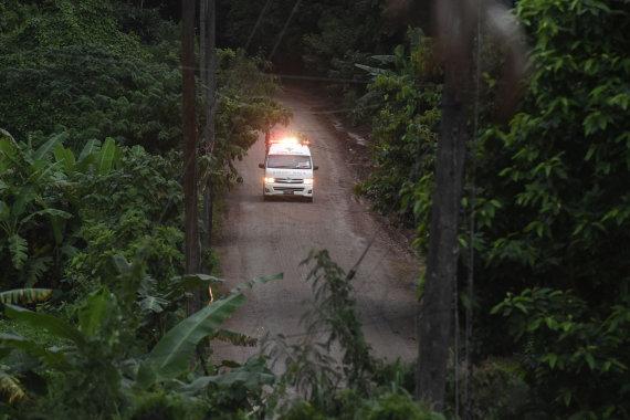 """AFP/""""Scanpix"""" nuotr./Gelbėjimo operacija Tailande"""