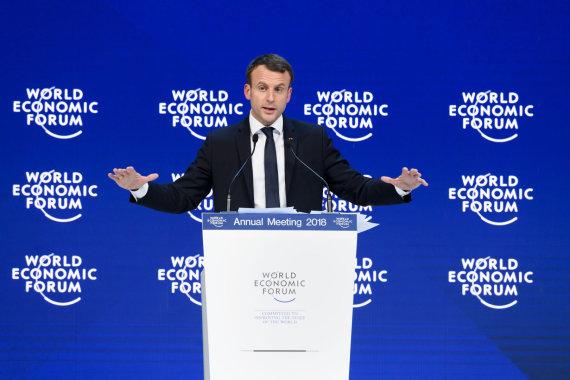 """AFP/""""Scanpix"""" nuotr./Emmanuelis Macronas Davose"""