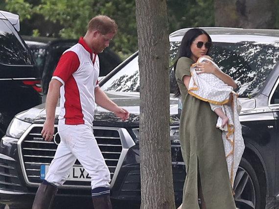 """""""Scanpix"""" nuotr./Princas Harry su Meghan Markle ir mažyliu Archie"""
