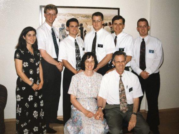 Asmeninio archyvo nuotr./Mindaugas su misionierių grupe Rusijoje