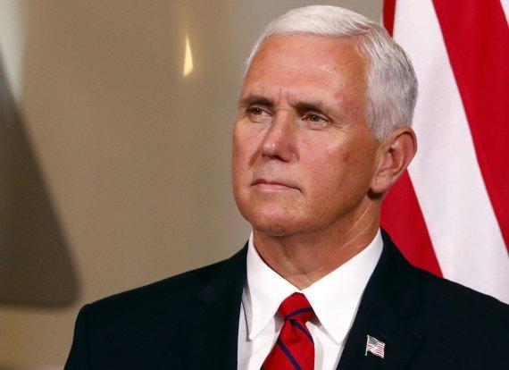 """Reuters""/""Scanpix"" nuotr./JAV viceprezidento Mike'o Pence'o vizitas Estijoje"
