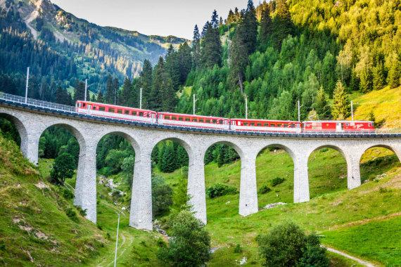 123rf.com nuotr./Ledyno ekspresas, Šveicarija