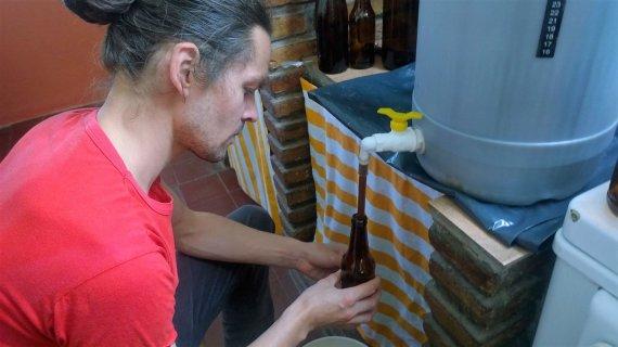 Asmeninio albumo nuotr./Vitalijus Argentinoje verda lietuvišką alų