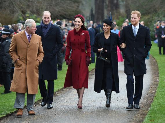 """AFP/""""Scanpix"""" nuotr./Princas Charlesas, princas Williamas, Kembridžo hercogienė Catherine, Sasekso hercogienė Meghan ir princas Harry"""