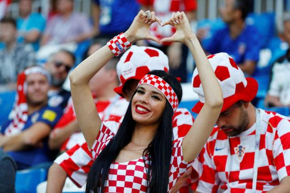 """""""Scanpix"""" nuotr./Kroatijos futbolo sirgaliai"""