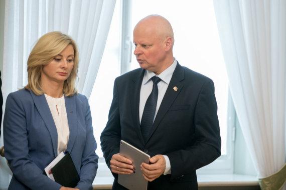 Juliaus Kalinsko / 15min nuotr./Rita Tamašunienė ir Saulius Skvernelis