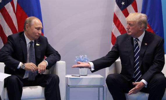 """""""Reuters""""/""""Scanpix"""" nuotr./V.Putinas ir D.Trumpas prieš derybas Hamburge"""