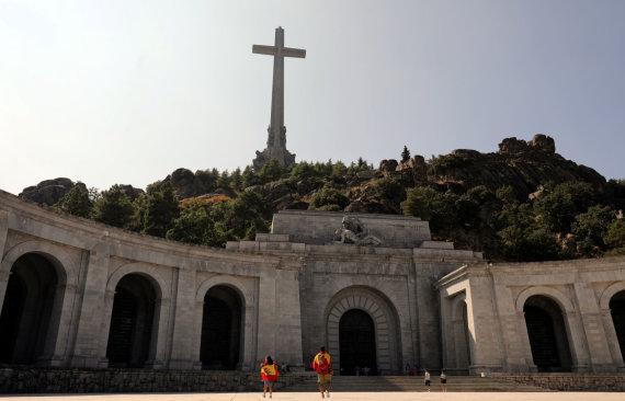 """""""Reuters""""/""""Scanpix"""" nuotr./Bazilika, kurioje buvo palaidotas buvęs Ispanijos diktatorius Francisco Franco"""