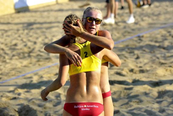 FIVB nuotr./Monika Povilaitytė ir Ieva Dumbauskaitė
