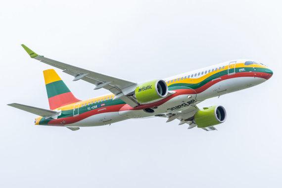 """""""airBaltic"""" nuotr./""""airBaltic"""" lėktuvas"""