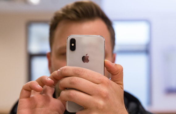 """Luko Balandžio / 15min nuotr./""""Iphone"""" telefonas"""