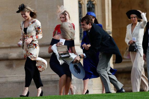 """AFP/""""Scanpix"""" nuotr./Princesės Eugenie ir Jacko Brooskbanko vestuvių svečiai"""